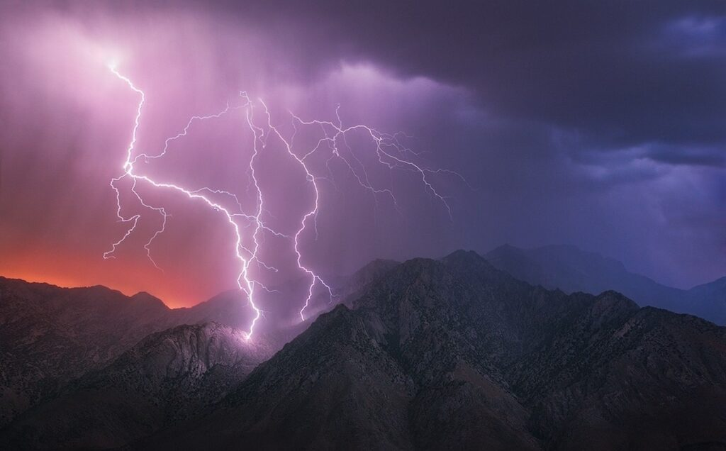 landscape-mountains-nature-clouds-lightning-storm-632974-wallhere.com_-1024x636.jpg